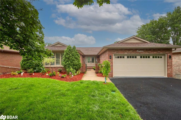 19 WHITE PINE Place, Barrie