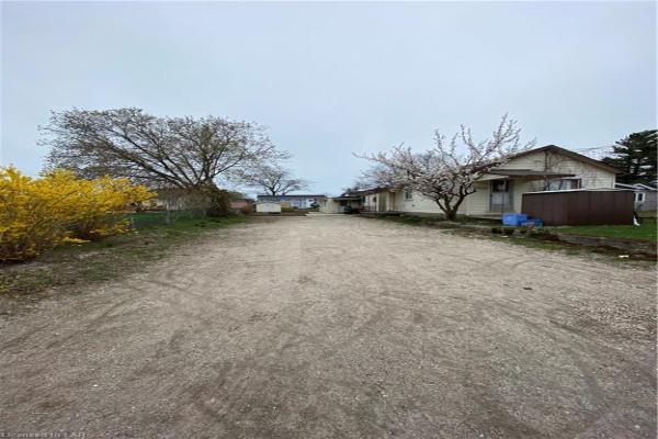 338 OLD MOSLEY Street, Wasaga Beach