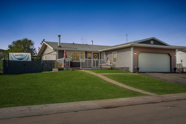 144 Beale Crescent, Fort McMurray