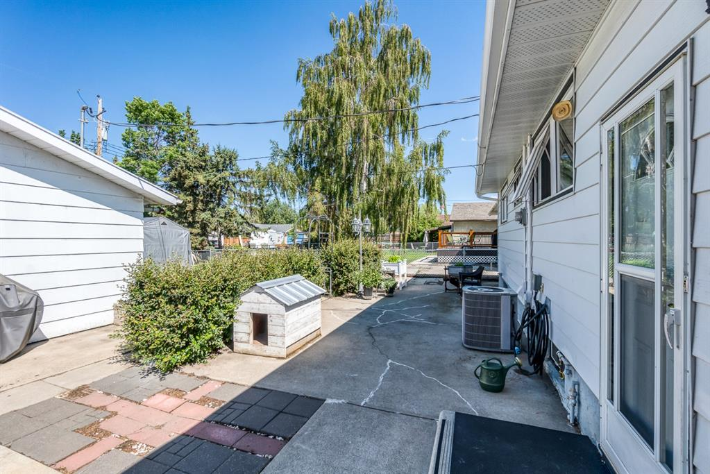 Listing A1009743 - Large Photo # 31