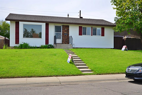 1072 Marcombe Drive NE, Calgary