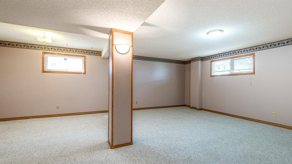 Listing A1010713 - Thumbmnail Photo # 20