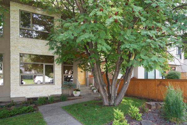 3814 17 Street SW, Calgary