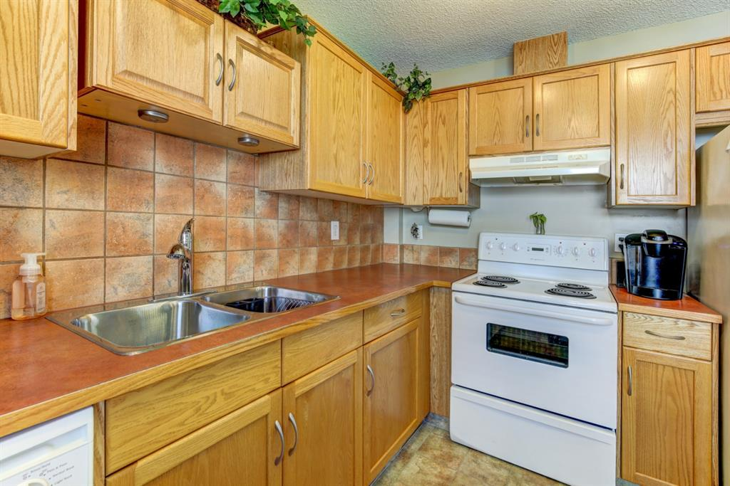 Listing A1011619 - Large Photo # 11