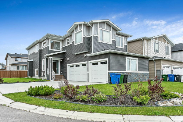 300 Kinniburgh Link, Chestermere