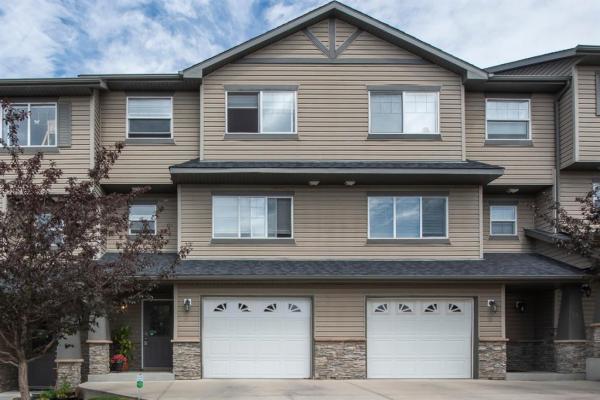 14 ROCKYVALLEY Villas NW, Calgary