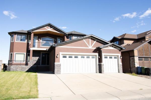 42 Elmont Estates Manor SW, Calgary