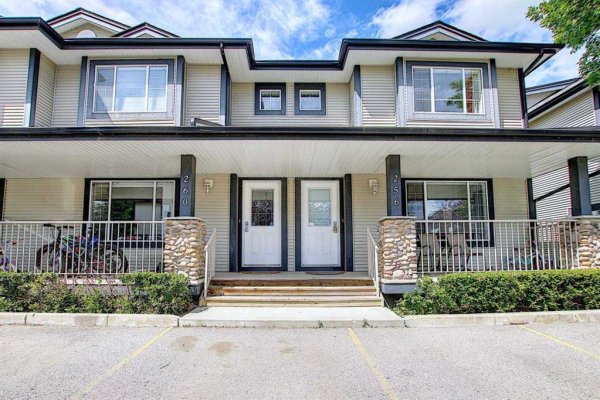 260 Stonemere Place, Chestermere