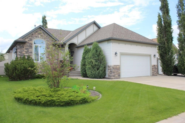 5939 Park Meadows Crescent, Olds