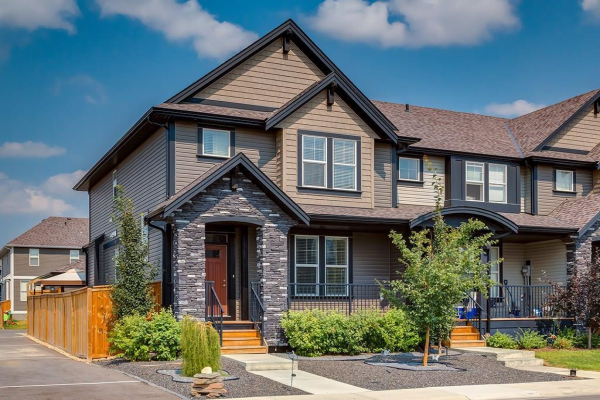 2 WILLIAMSTOWN Park NW, Airdrie