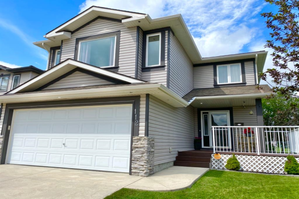 112 WOODSIDE  Crescent NW, Airdrie