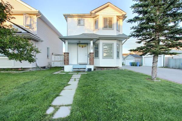 189 TARINGTON Close NE, Calgary