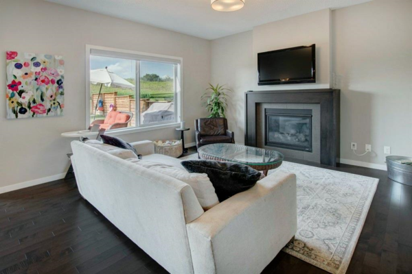 143 FIRESIDE Cove, Cochrane