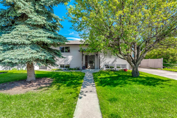 409 Big Springs Drive SE, Airdrie