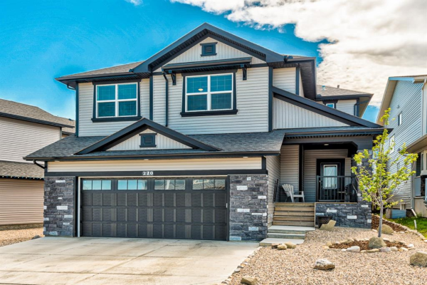220 HILLCREST  Drive SW, Airdrie