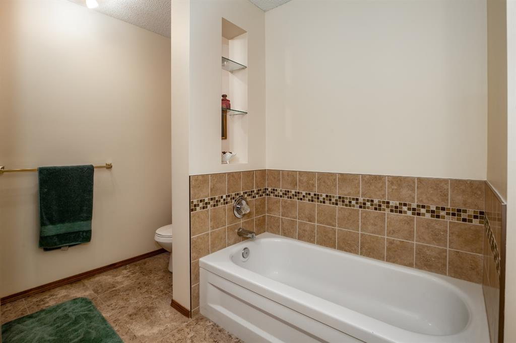 Listing A1019088 - Large Photo # 26