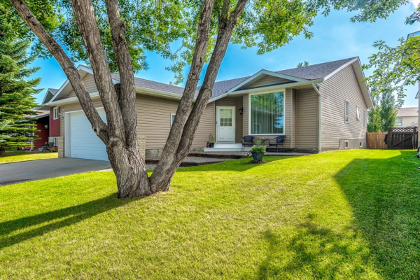 222 Tanner Drive SE, Airdrie