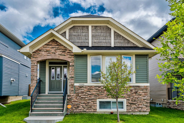 1330 RAVENSWOOD  Drive SE, Airdrie