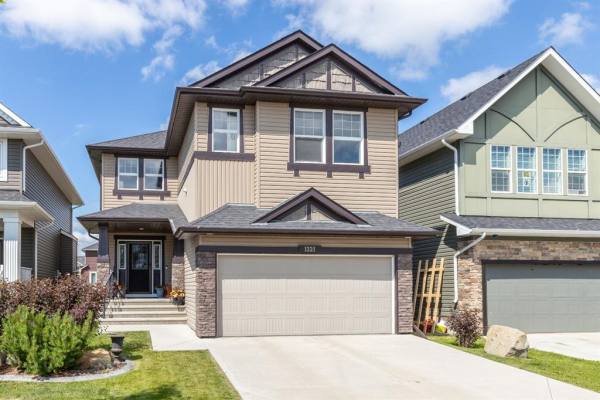 1321 RAVENSWOOD  Drive SE, Airdrie
