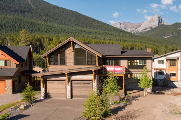 409 Stewart Creek Close, Canmore