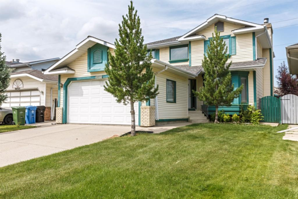 9030 SCURFIELD Drive NW, Calgary