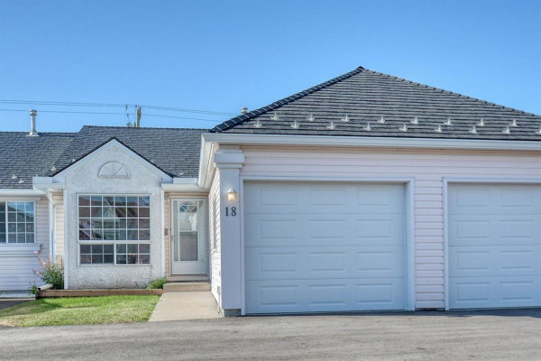 209 WOODSIDE  Drive NW, Airdrie