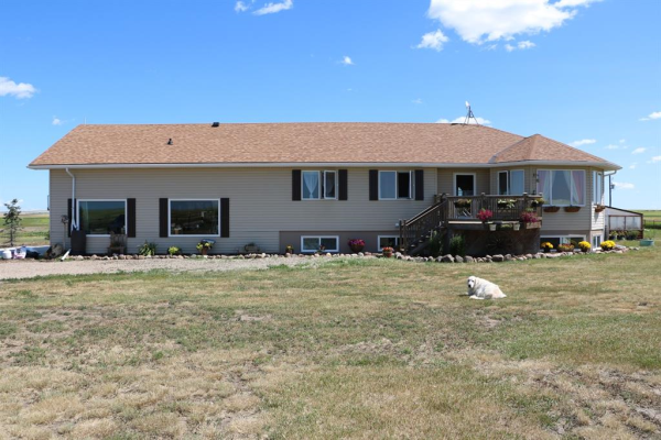 190043 Range Road 260, Rural Vulcan County