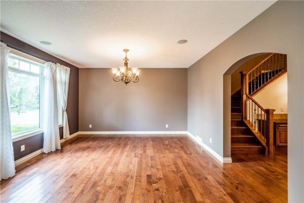 529 24 Avenue NE, Calgary