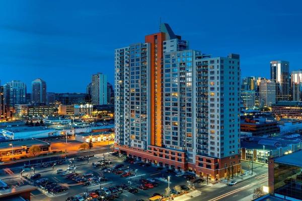 1053 10 Street SW, Calgary