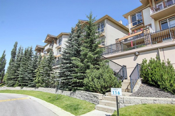 108 Rockyledge View NW, Calgary