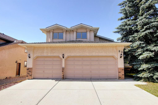83 SILVERSTONE Road NW, Calgary