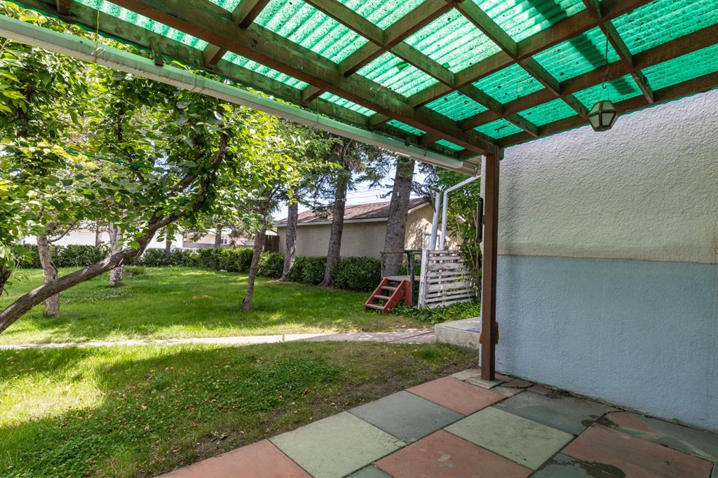 Listing A1022931 - Thumbmnail Photo # 14