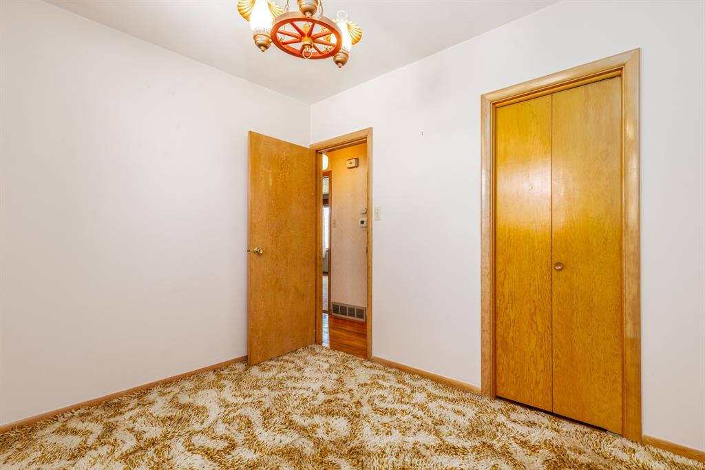 Listing A1022931 - Thumbmnail Photo # 23