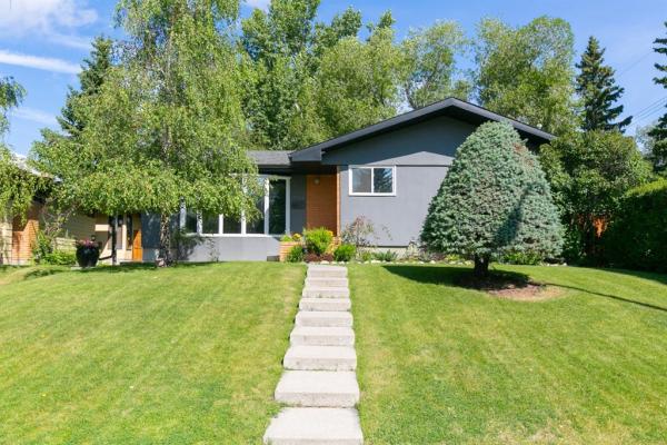 3428 LAKESIDE Crescent SW, Calgary