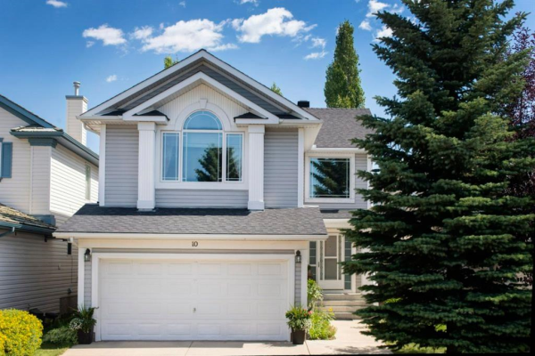 10 MT BREWSTER Circle SE, Calgary