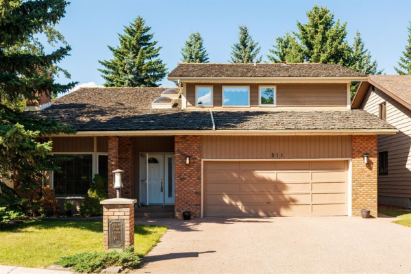 311 CANTER Place SW, Calgary