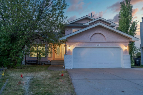 144 CATALINA Place NE, Calgary
