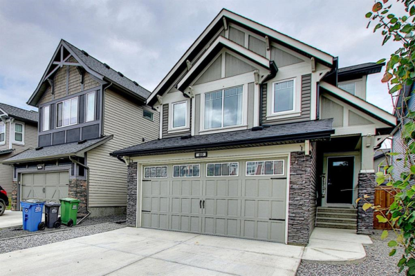 40 THOROUGHBRED Boulevard, Cochrane