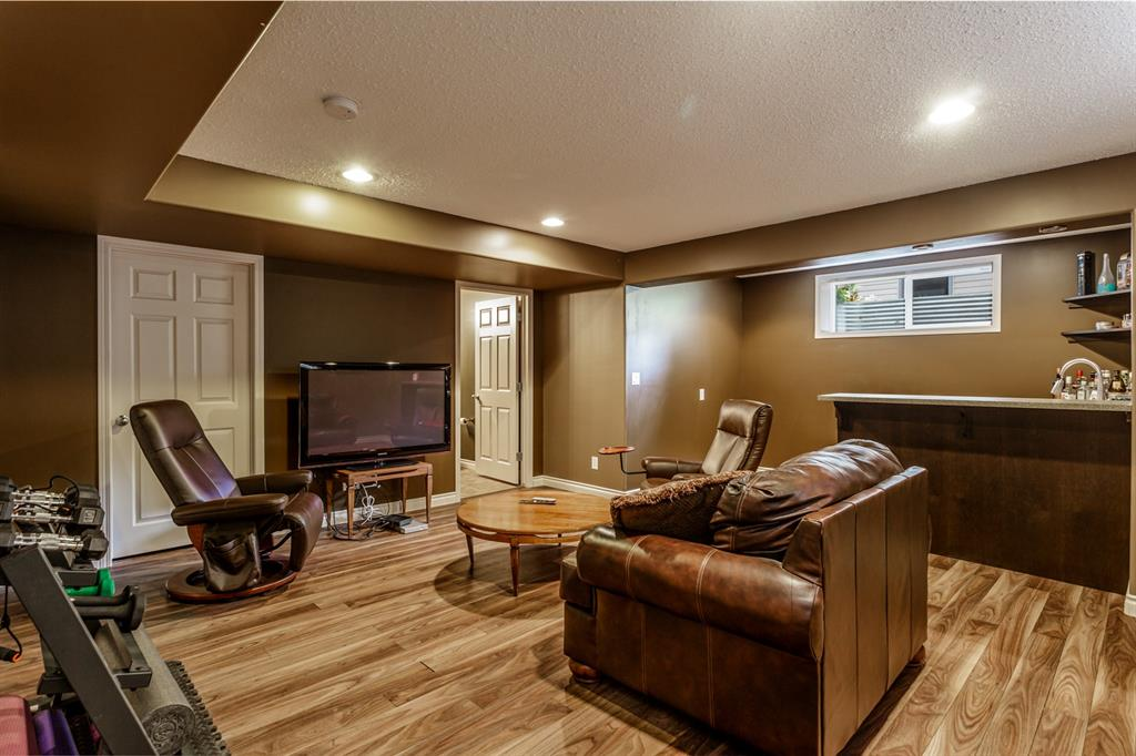 Listing A1028090 - Large Photo # 23