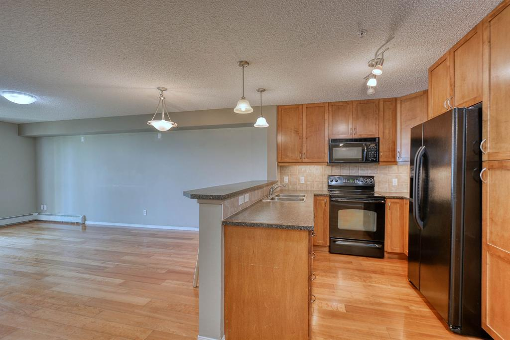 Listing A1028134 - Large Photo # 14