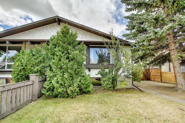 4515 70 Street NW, Calgary