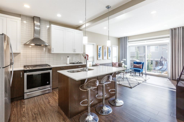 355 NOLANCREST Heights NW, Calgary