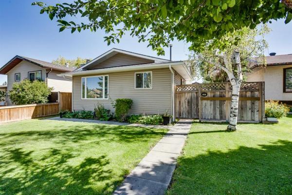 151 TEMPLEVALE Place NE, Calgary