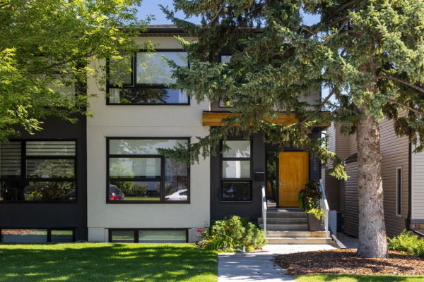 2438 25A Street SW, Calgary