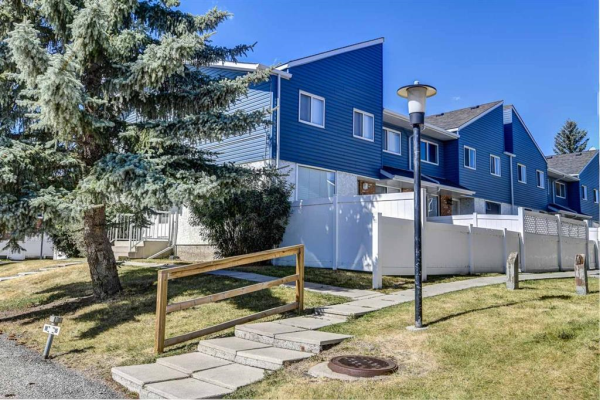 4769 HUBALTA Road SE, Calgary