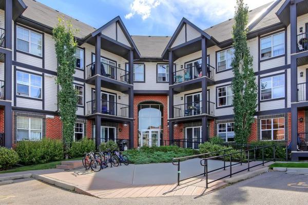 250 New Brighton Villas SE, Calgary