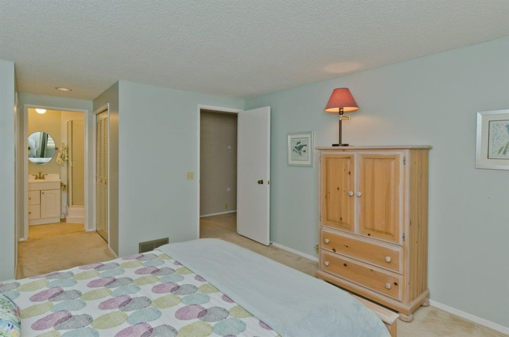 Listing A1030823 - Thumbmnail Photo # 28
