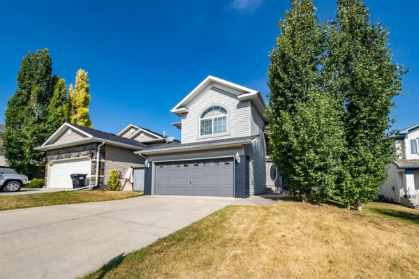 10946 Hidden Valley Drive NW, Calgary
