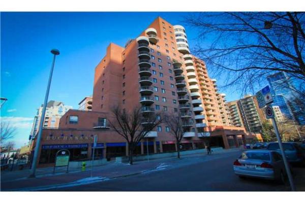 738 3 Avenue SW, Calgary