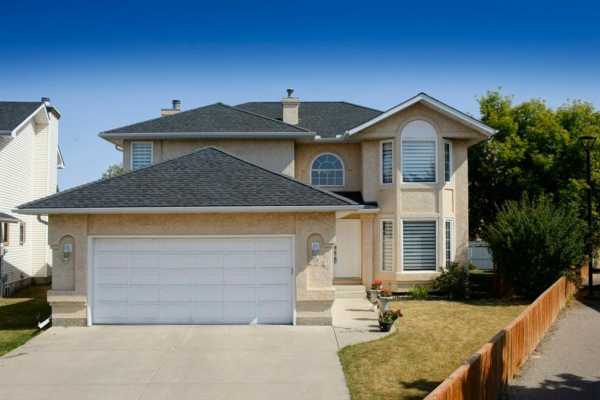 224 Coral Sands Place NE, Calgary